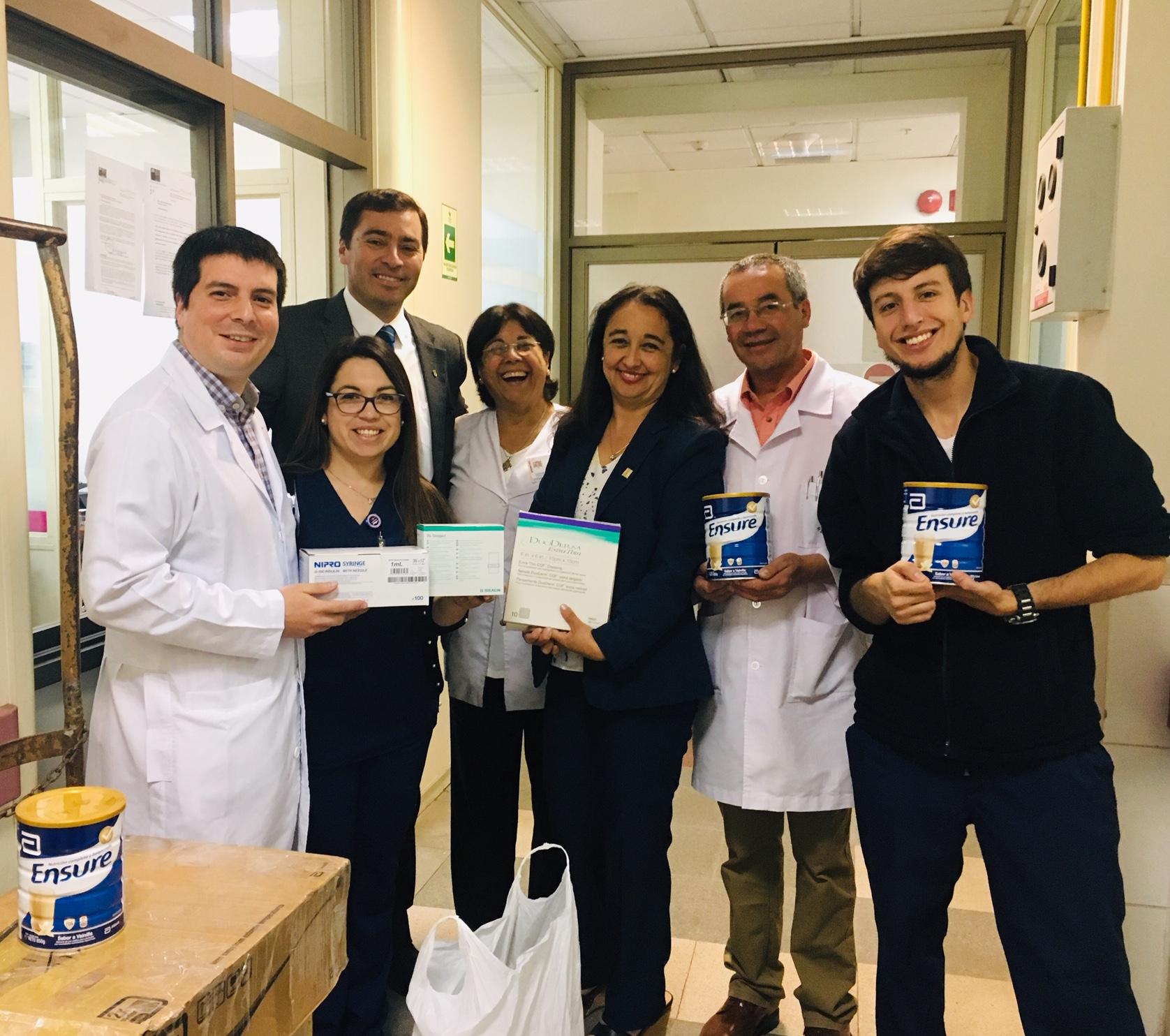 Facultad de Farmacia entregó donación a pacientes de Cuidados Paliativos del Hospital Guillermo Grant Benavente
