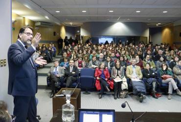 Facultad de Educación realizó jornada sobre convivencia y violencia escolar